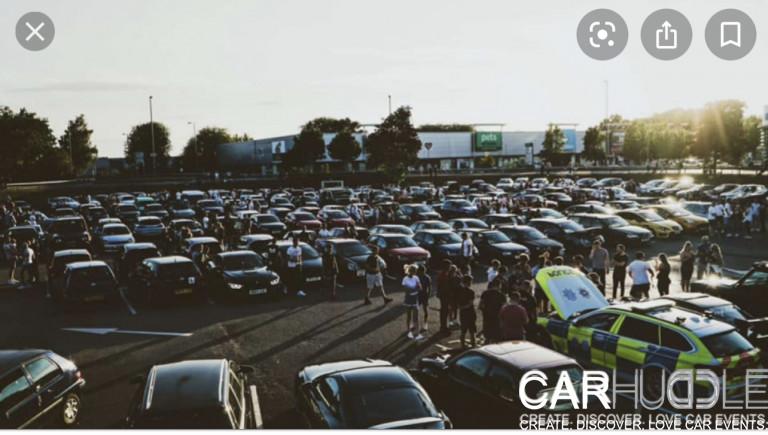 Farnborough car meet